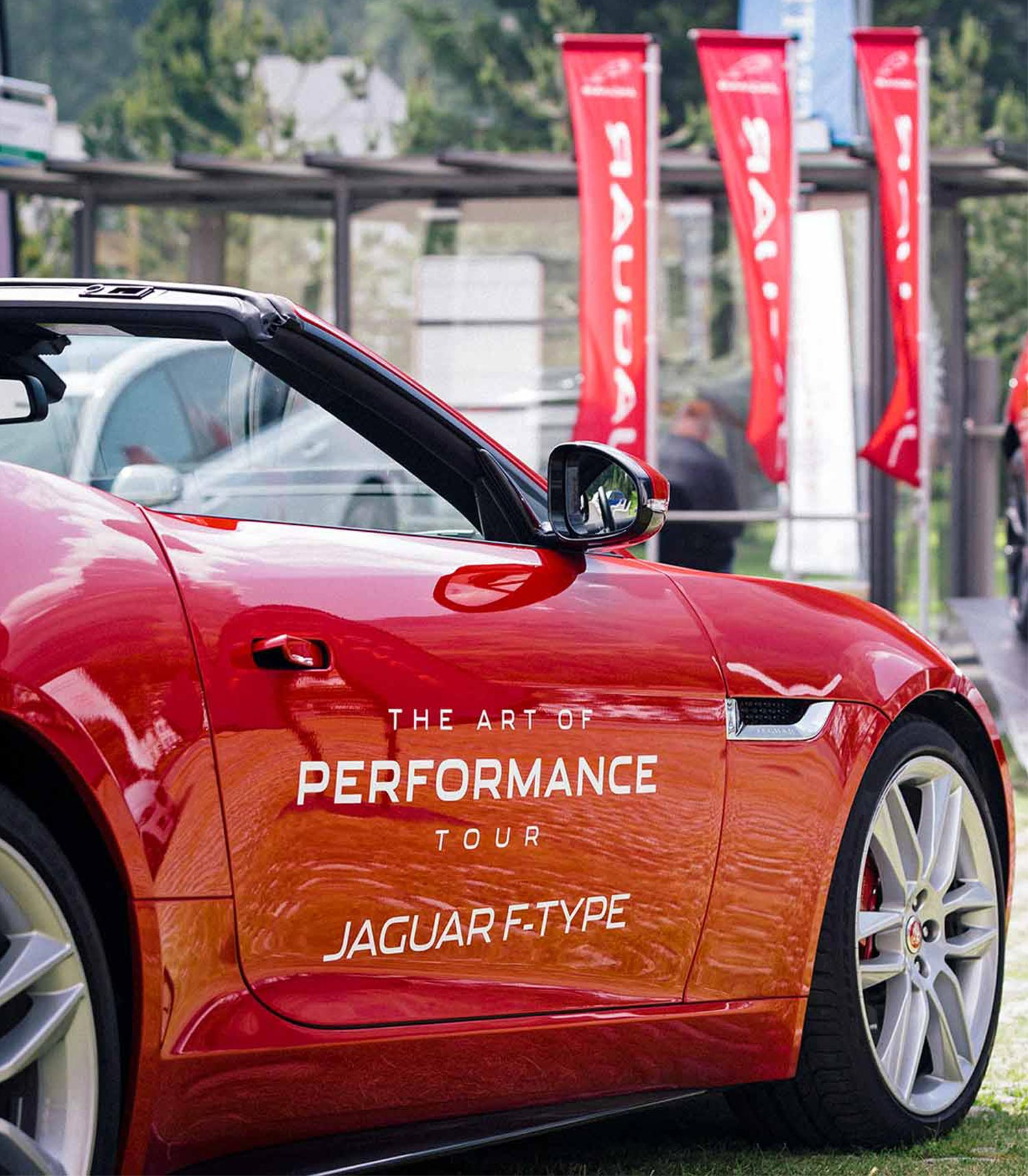 JAGUAR: The Art of Performance Tour Zürich – Genf – St. Moritz